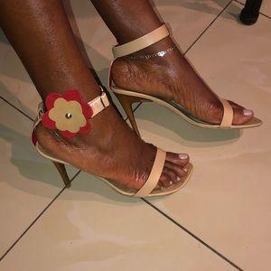 Heel sandals shoe